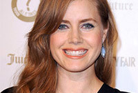Amy-adams-makeup-for-copper-hair-side